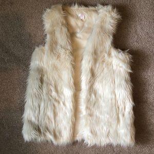 Xhilaration off white faux fur vest